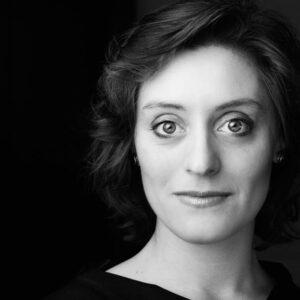 Stella Farina, Musiklehrerin für Harfe bei rhythm matters