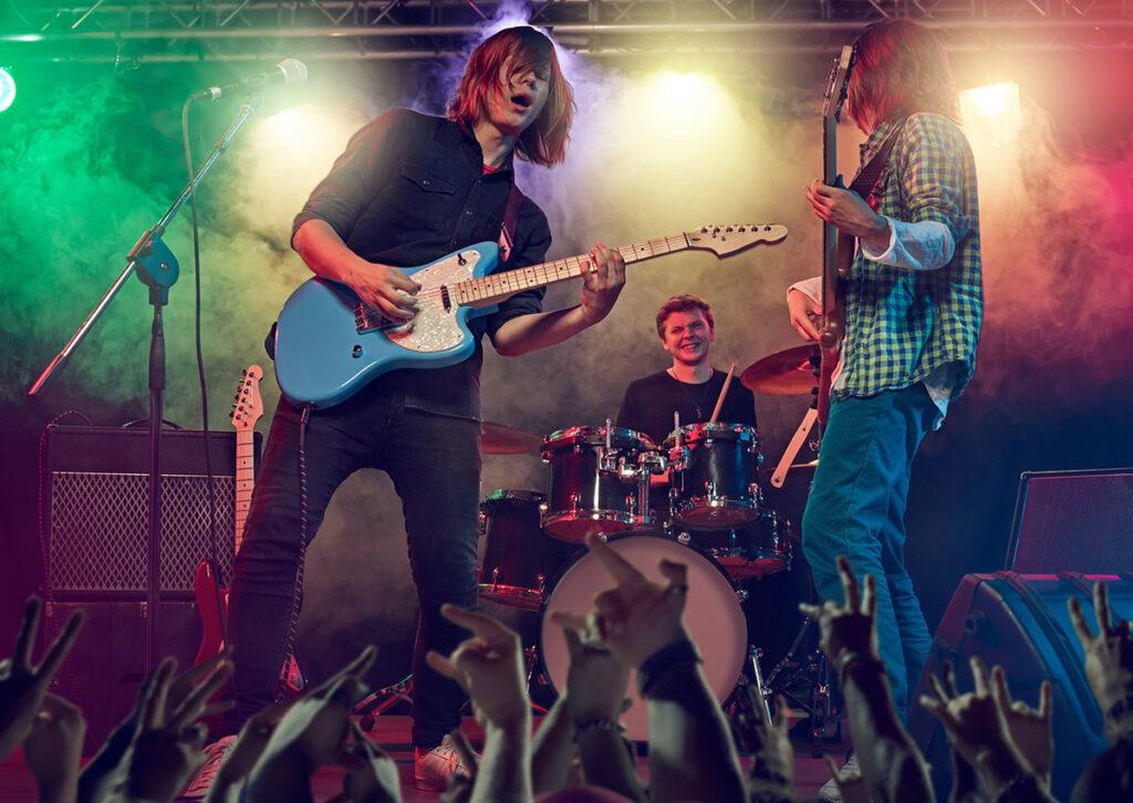 Eine junge Rockband auf der Bühne, rhythm matters live@kulturfabrik in der Kulturfabrik Krefeld